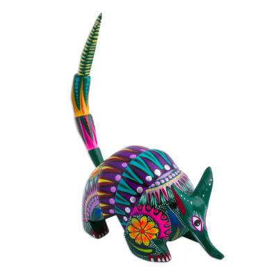 En https://www.novica.com/p/mexico-alebrije-wild-dog-sculpture-oaxaca/198966/